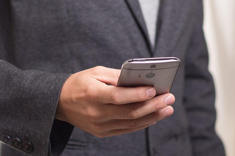 IVA, via libera alla detrazione sulle spese di ricariche cellulari