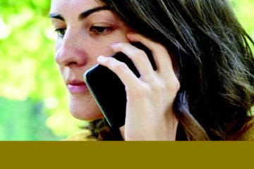 """Acne da smartphone: la """"Cellakne"""""""